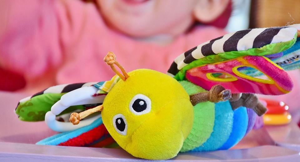 sklep z zabawkami dzieci